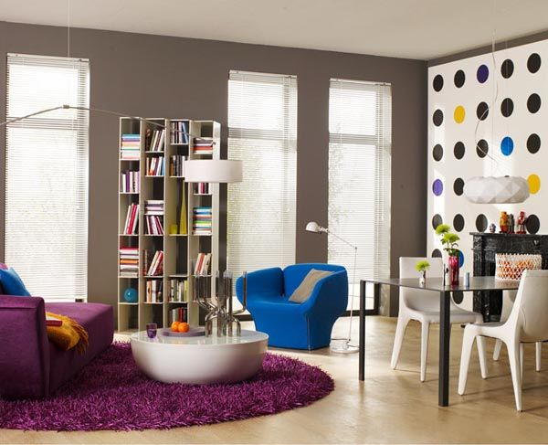 Pop Art, Spunky Inspired Room  http://luvne.com/living-room-design/pop-art-themed-in-living-room/