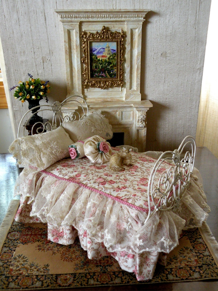 Dollhouse Miniature 1:12 Scale Artisan Dressed Wrought Iron Bed.