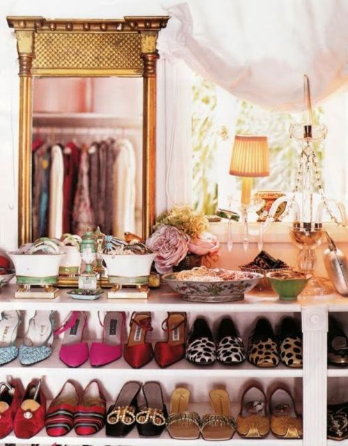 4. glamorous closet organization