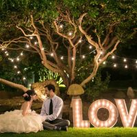 8 Marquee Signs to Light Up Your Wedding