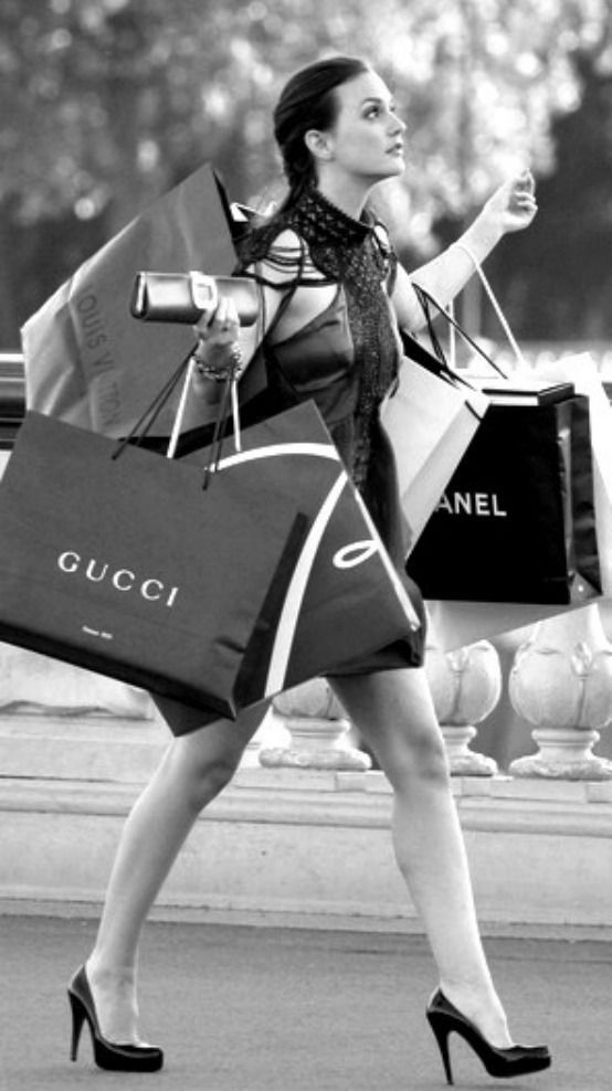 I love shopping! If I could afford to do it everyday.... <3