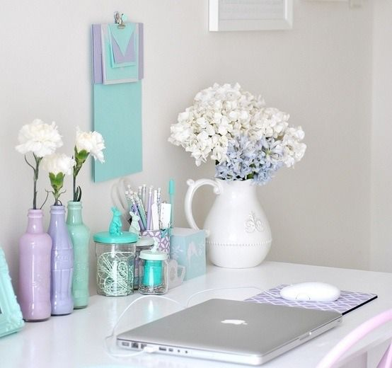 A calming workspace with the pastel theme - perfect for getting the creative juices flowing