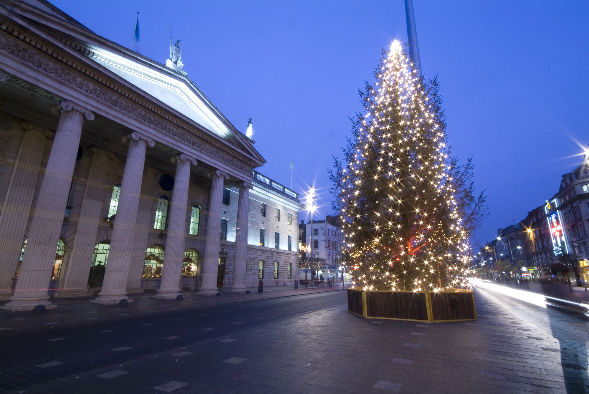 20 Beautiful Photos Of Christmas In Dublin Ireland