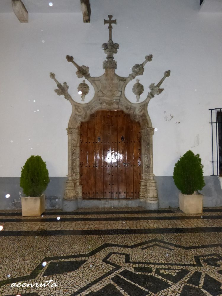 Olivenza. Puerta manuelina de la Casa consistorial