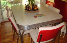 18+ Best Vintage Kitchen Tables That You Must Have