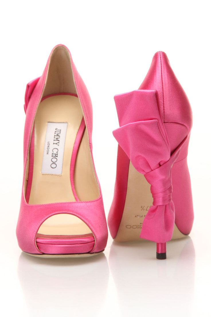 Jimmy Choo Pompa Zodiac - bellissime scarpe di raso rosa con fiocchi sui talloni!