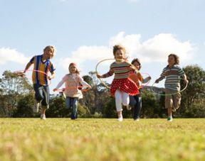 Des #jeux en plein air pour les enfants (les grands s'amuseront bien aussi !)