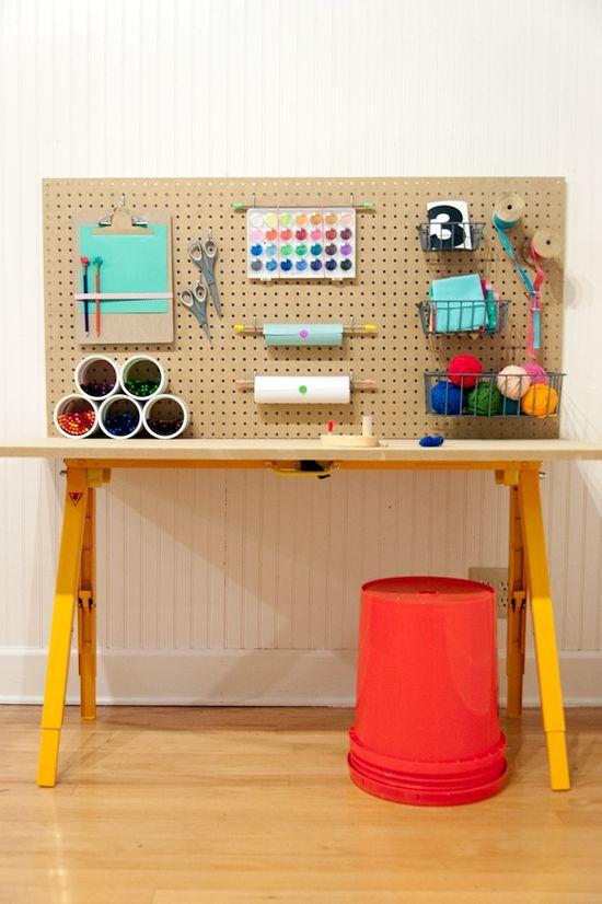 أفكار لصنع مكتب طفلك بتكلفة قليلة سوبر ماما
