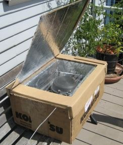 How to make a Solar Cooker from a Large Box | Mom with a Prep