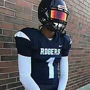 Tyrese Rios 6-1 180 WR Rogers
