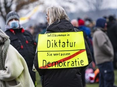 Pandemie: Mehr Diktatur wagen