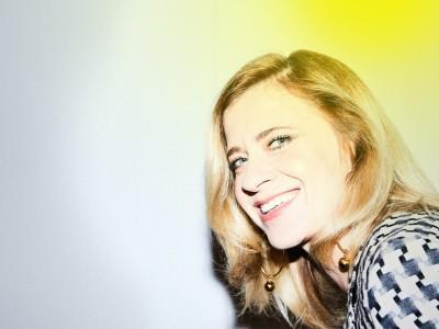 Serie: Licht an mit Caroline Peters: Leute, denkt euch was aus!