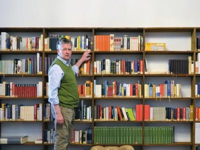 """Bibliothek ungelesener Bücher: """"Den fünften Platz teilen sich Marx und Hitler"""""""