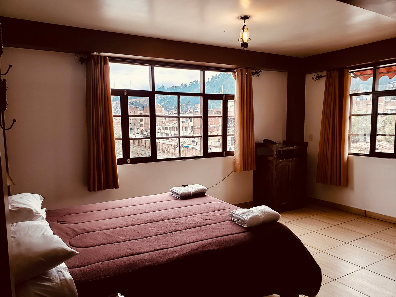 HOTEL HUARAZ & LODGING: 20 fotos, comparação de preços e avaliações
