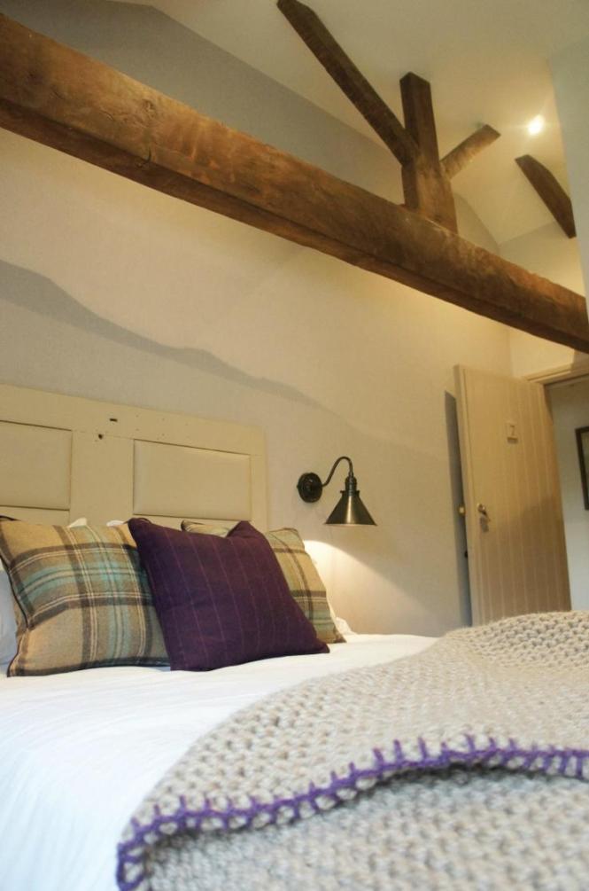 Lister Arms Malham England Updated 2017 Inn Reviews Tripadvisor Listers Bedroom Furniture