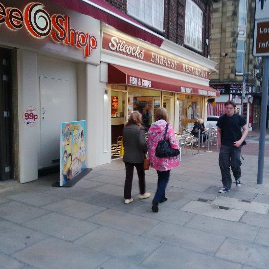Fast Food Restaurants Open Near My Location