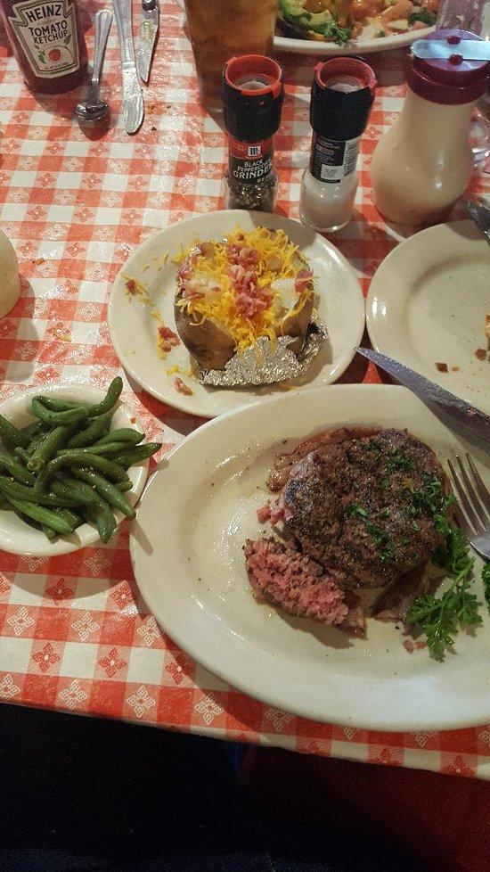 The Barn Door San Antonio Menu Prices Amp Restaurant