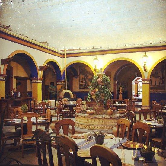 restaurante el patio tlaxiaco