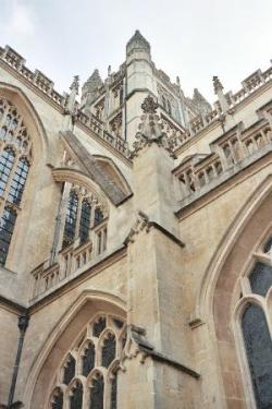 Bath Abbey from ground