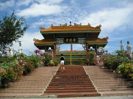 18 Wisata Terkenal, Favorit,  Terpopuler Yang Harus Anda Kunjungi Di Malaysia