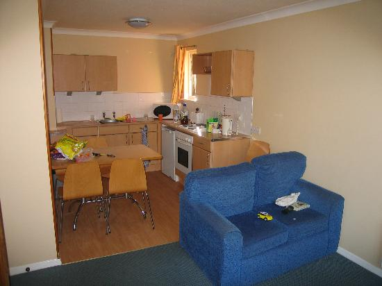 Butlin S Bognor Regis Resort Gold Apartment Kitchen