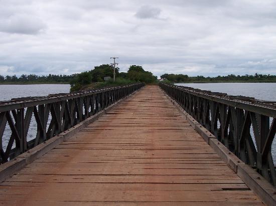 https://i2.wp.com/media-cdn.tripadvisor.com/media/photo-s/01/09/2e/7d/crossing-the-bridge-to.jpg