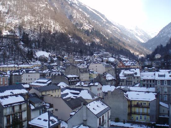 Vue Sur Cauterets En Fin Daprs Midi Photo De Hotel