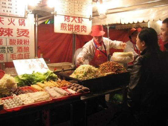 Photos of Temple Street Night Market, Hong Kong