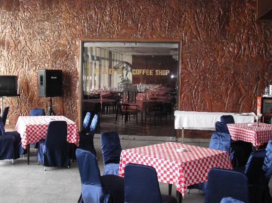 Inna Samudra Beach Hotel: Coffee Shop
