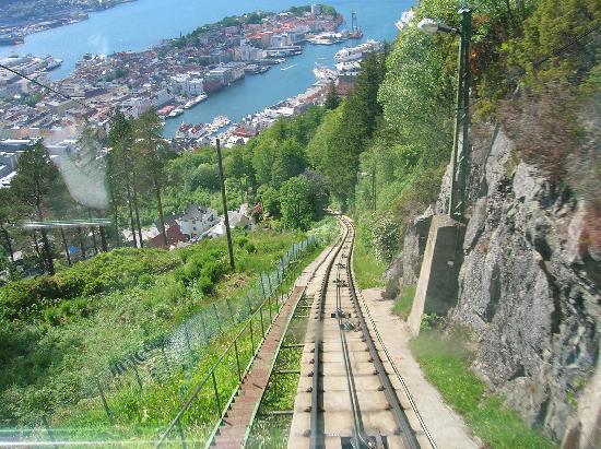 ภาพถ่ายของ Mount Floyen and the Funicular (Floibanen), แบร์เกน