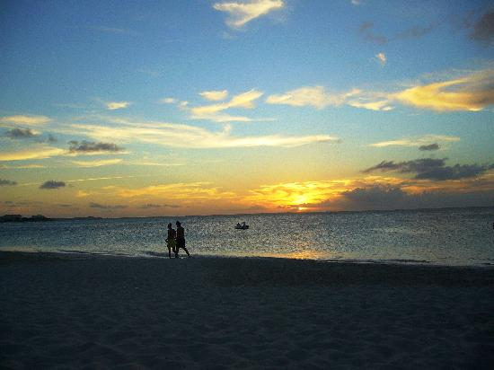 Providenciales: Sunset