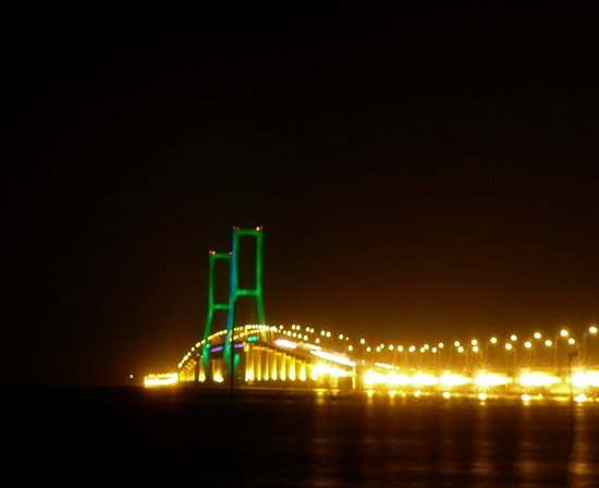 Foto Suramadu National Bridge, Surabaya