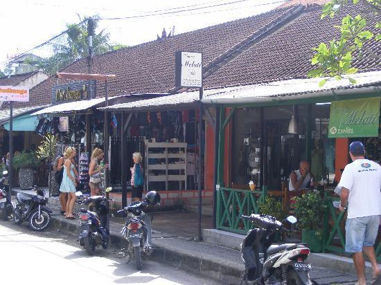 Jalan Legian: Streets along JL Legian 2