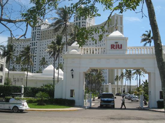 Suite 2132 Picture Of Hotel Riu Emerald Bay Mazatlan