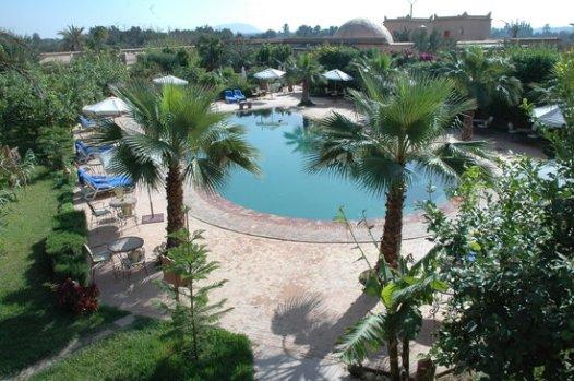 Swimming pool (32877629)