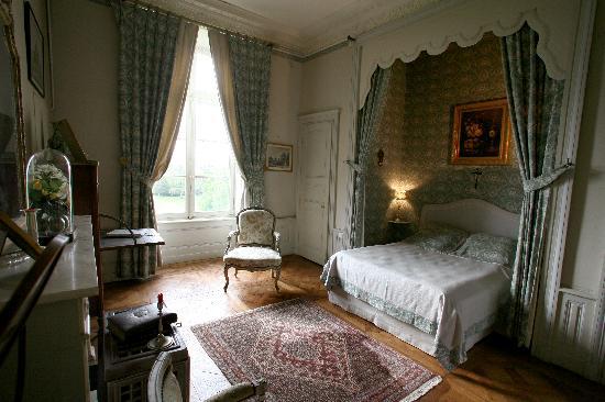 chateau de beaujeu chateau de beaujeu chambre