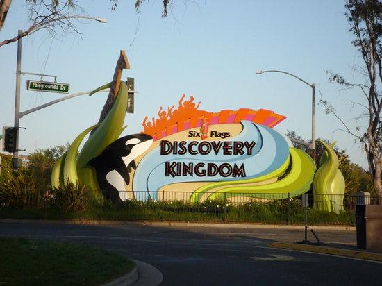Birthday Celebration Review Of Six Flags Discovery Kingdom Vallejo Ca Tripadvisor