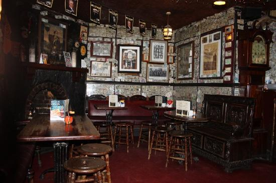 Photos of The Brazen Head, Dublin