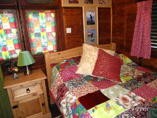 Railholiday - The Old Luggage Van and The Travelling Post Office: The bedroom