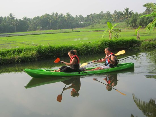 kayaking trip in Kerala