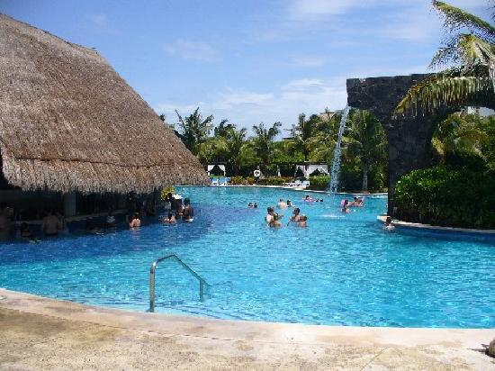 Pool Bar Picture Of Valentin Imperial Maya Playa Del