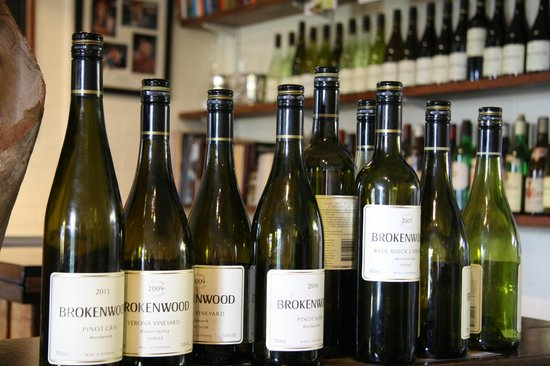 Photos of Brokenwood Wines, Pokolbin