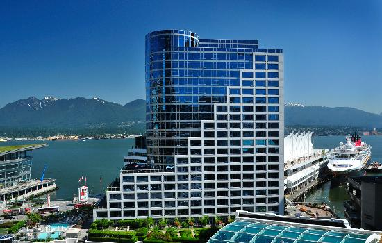 https://i2.wp.com/media-cdn.tripadvisor.com/media/photo-s/02/73/50/bc/the-fairmont-waterfront.jpg