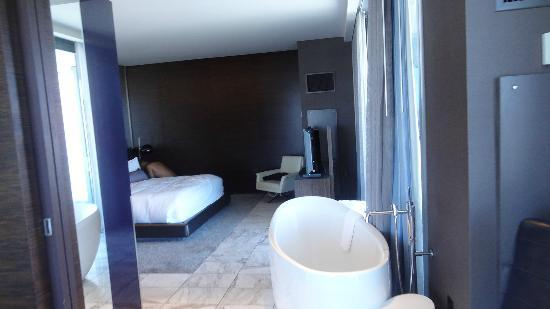 masterbed room 1 bedroom suite 21st floor - picture of palms place
