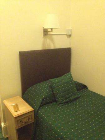 london town hotel: single bed