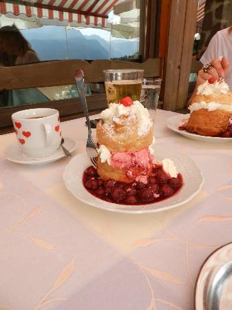 https://i2.wp.com/media-cdn.tripadvisor.com/media/photo-s/02/ec/2d/7e/gasthaus-cafe-graflhohe.jpg