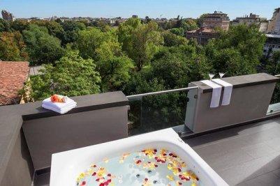 Hotel Manin. Zona Cuadrilátero de la Moda, Milán