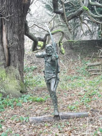 Sherwood Forest,Robin Hood Statue. - Picture of Sherwood Forest, Nottinghamshire
