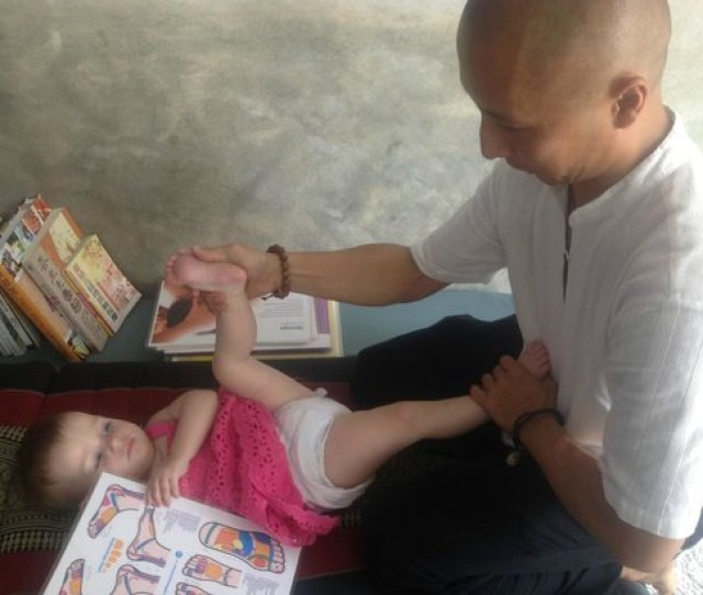 Amaya Spa Babe Massage Is Wonderful For Babe And Increase Of Iq
