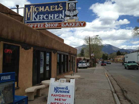Betty Foto Michaels Kitchen Cafe Bakery Taos Tripadvisor